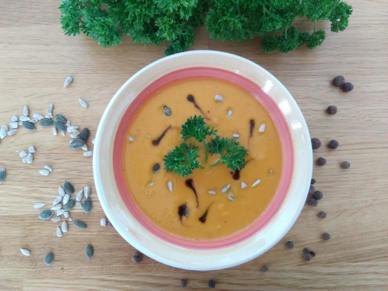 Karotten-Kokosnussmilch-Ingwer Suppe