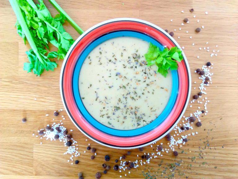 vegane Kartoffel-Kokosnuss-Ingwer-Suppe