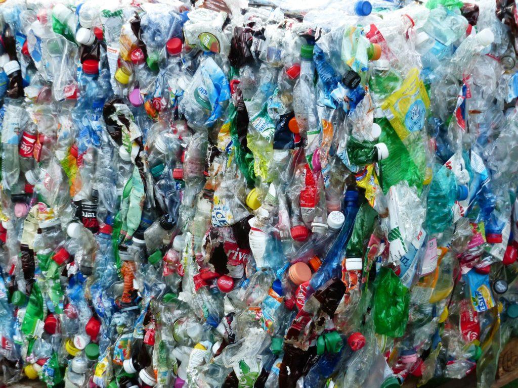Plastikflaschen Müll