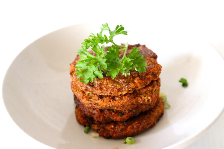 Kohlrabi und Karotten Puffer