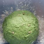 grüner Teigball