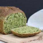 grünes Spinatbrot